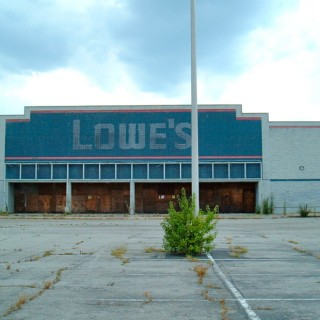 empty-lowes