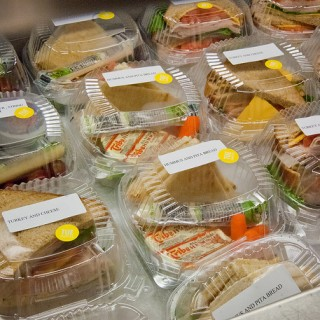 Lunches in plastic food service ware by USDAgov