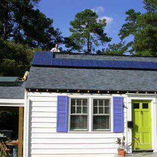 rooftop solar in raleigh - Melanie Bateman flickr